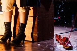 """""""Shoes"""" Théâtre - dès 3 ans"""